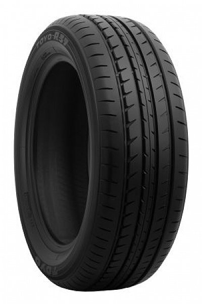 Toyo R37 pneumatiky